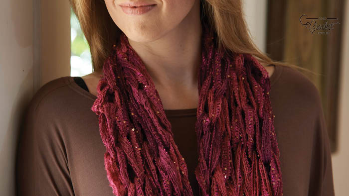 Arm-Knit Sashay Cowl Knitting Pattern