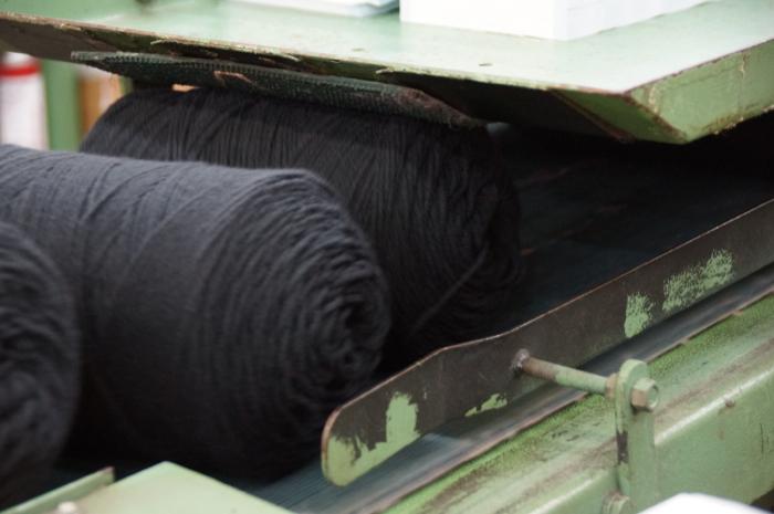 Conveyor of One Pound yarn