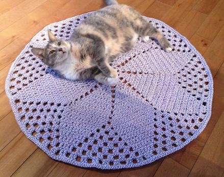 Crochet Daisy Rug