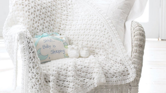 Vintage Baby Crochet Blanket + Tutorial | The Crochet Crowd