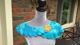 Crochet Dragon Tail Neckerchief - Swirl