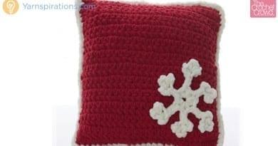 Bernat Blanket Crochet Snowflake Pillows