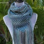 Crochet Exquisite Triangle Scarf + Tutorial