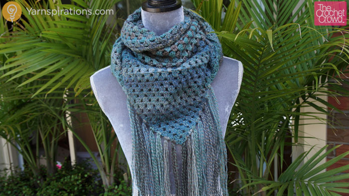Crochet Exquisite Triangle Scarf Pattern