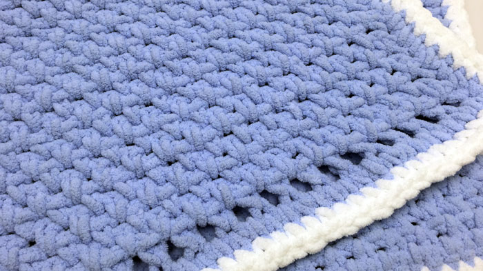 61bcca31a59f Crochet Baby Blanket for Beginners + Tutorial