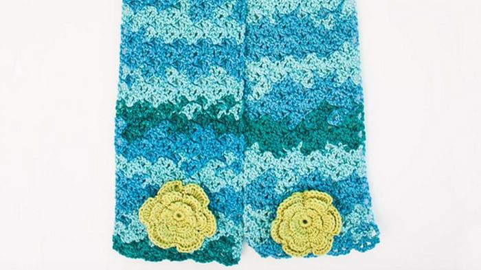 Cozy Posy Crochet Scarf