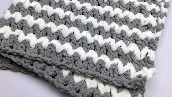 Trendy Crochet Baby Blanket Tutorial The Crochet Crowd