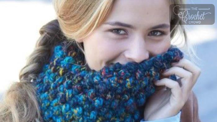 Crochet Faux Popcorn Cowl