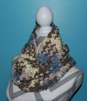 Crochet Piked Cowl Pattern
