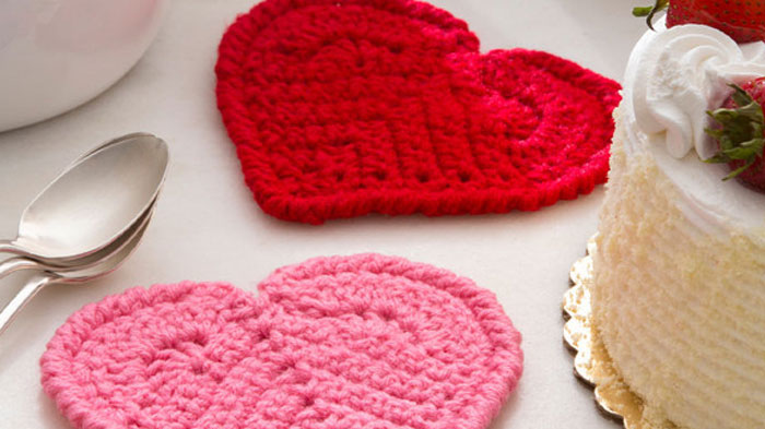 Crochet Heart Coasters Tutorial The Crochet Crowd