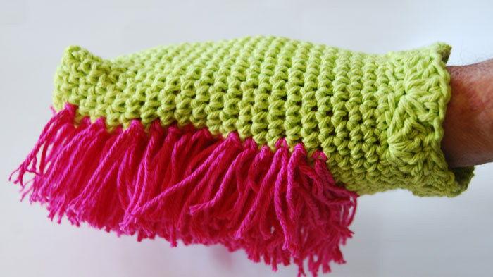 Dusting Mitt crocheted by Jeanne Steinhilber