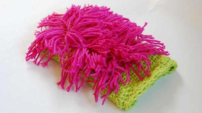 Dusting Mitt crocheted by Jeanne Steinhilbe
