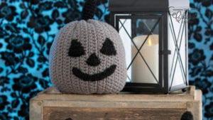 Crochet 3 Little Pumpkins