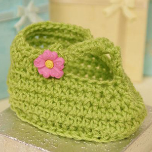 Stylin' Baby T-Strap Crochet Booties