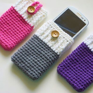27 crochet phone cover pattern ideas the crochet crowd 6 mobile phone cozy dt1010fo