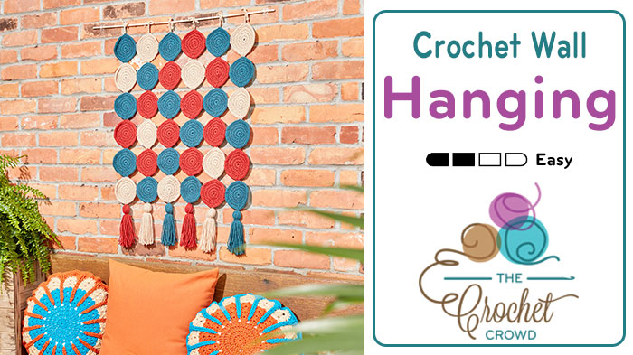 Round In Circles Crochet Wall Hanging Pattern + Tutorial