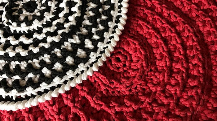 Crochet Placemat Texture Demonstration
