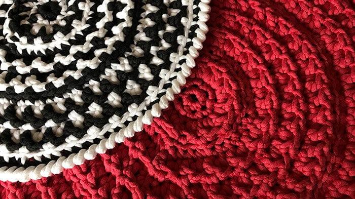 Crochet Placemat Texture Demonstration