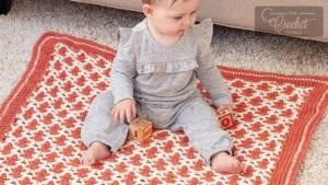 Interlocking Baby Blanket