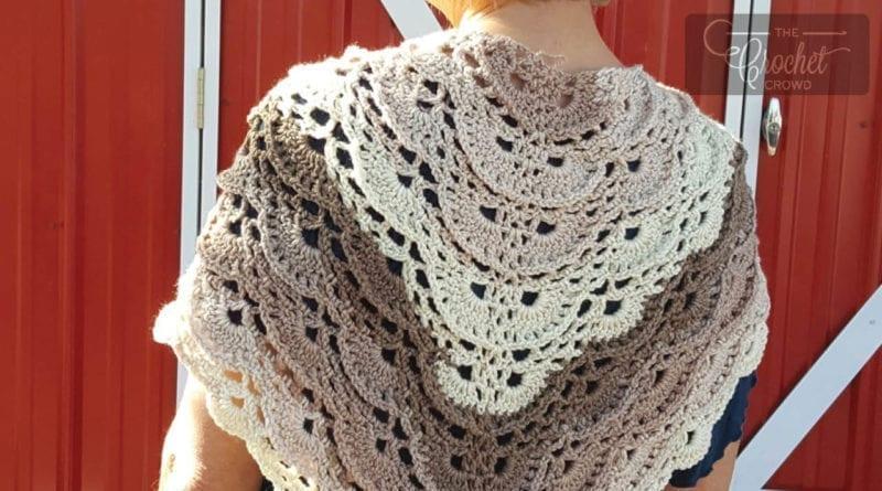 Crochet Fluffy Meringue Shawl + Tutorial | The Crochet Crowd