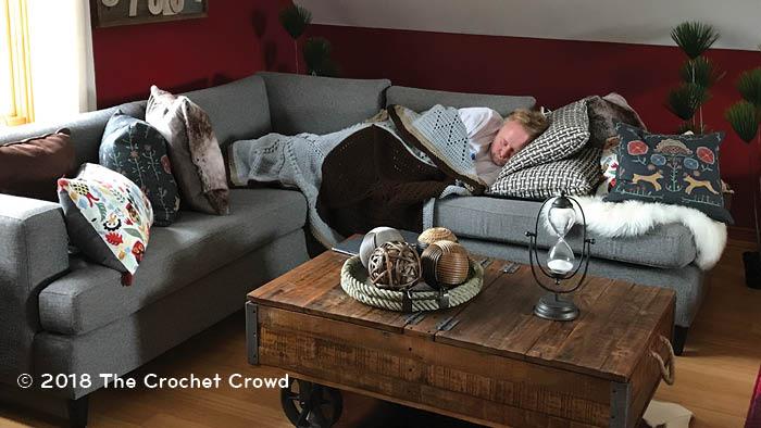 Home Trending Decor, Diva Dan Sleeping