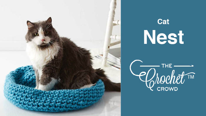 25 Fun And Easy Crochet Patterns For Your Cat - DIY & Crafts | 394x700