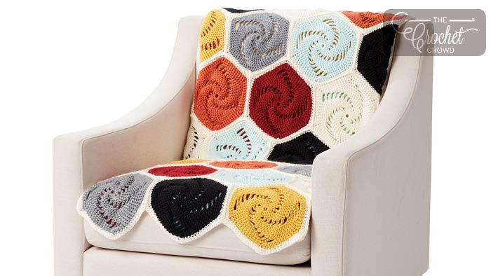 Crochet Hexagon Blanket Pattern + Tutorial