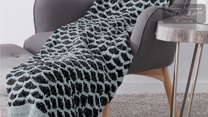 Crochet Lattice Shell Blanket Pattern + Tutorial