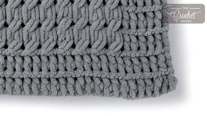0ea0d4210c2 Twisted Stockinette Stitch with Bernat Alize Blanket EZ + Tutorial ...