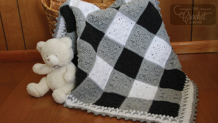 Crochet Social Textures Gingham Blanket + Tutorial | The Crochet Crowd