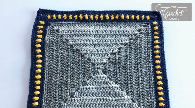 Crochet Makeup Mirror