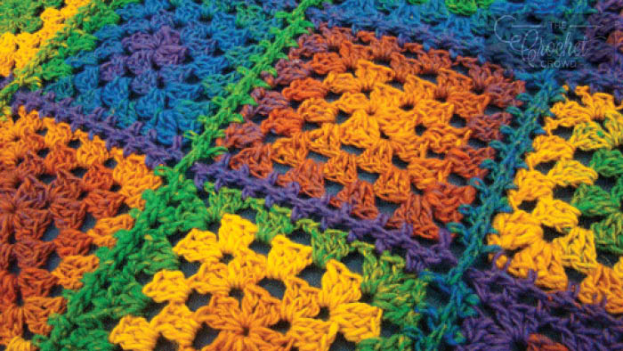 Crochet Simple Granny Blanket Tutorial The Crochet Crowd