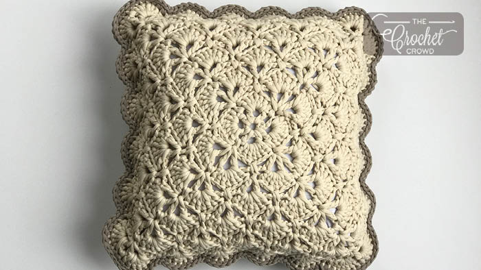 Crochet From the Middle Pillow Pattern + Tutorial