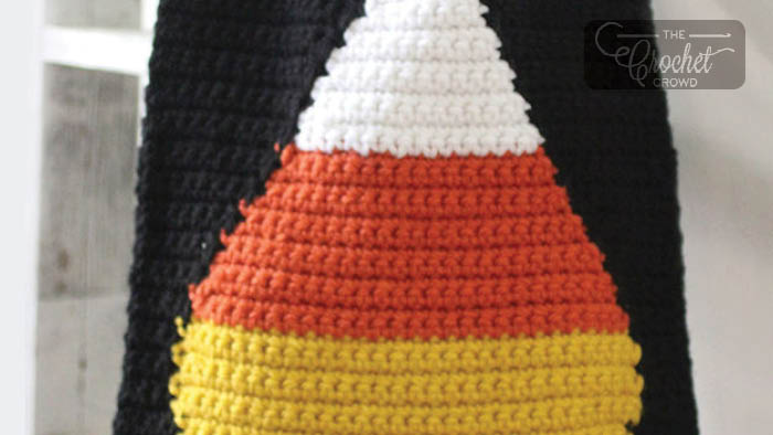 Crochet Candy Corn Trick-or-Treat Bag Pattern