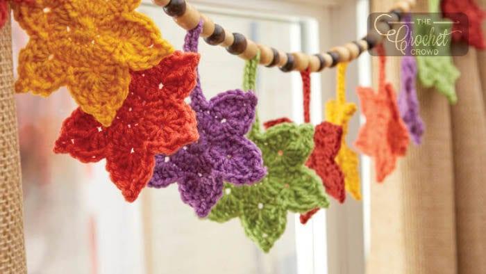 Crochet Fall Leafy Banner