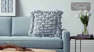 Loopy Pillow to Crochet