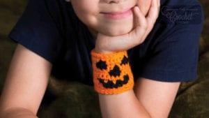 Crochet Pumpkin Cuff