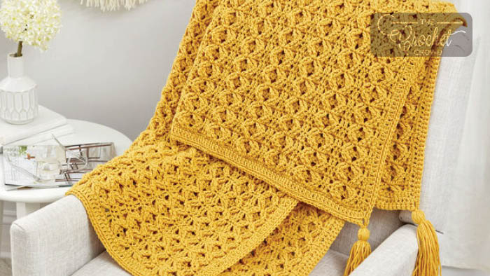 Crochet Golden Waves Throw + Tutorial | The Crochet Crowd