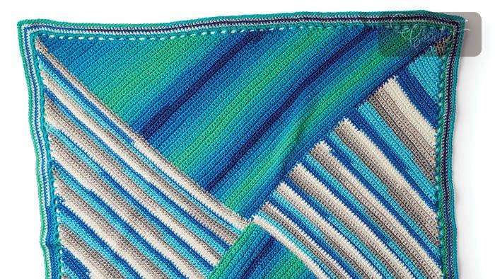 Crochet Round We Go Blanket