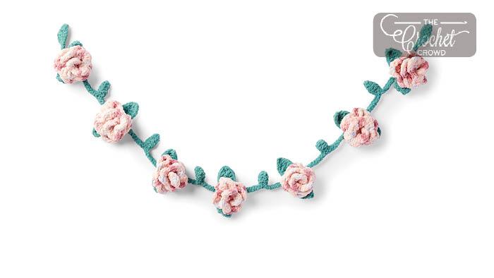 Crochet Rose Garland