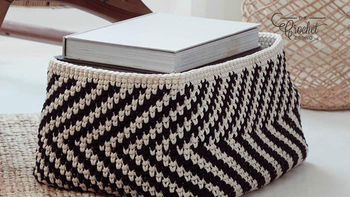 Crochet Deja V Basket