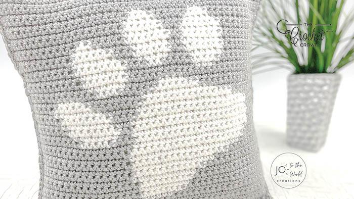 Crochet Paw Print Pillow Pattern