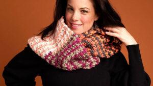 Crochet Going Dotty Infinity Cowl