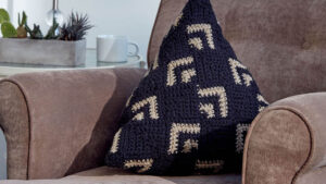 Crochet Mosaic Pillow
