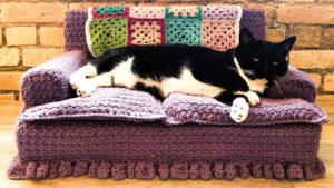 Crochet Kitty Couch