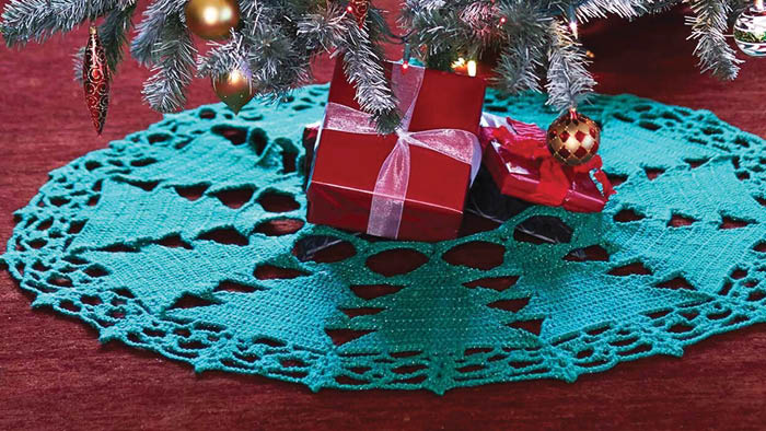 Crochet Christmas Tree Skirt With Trees