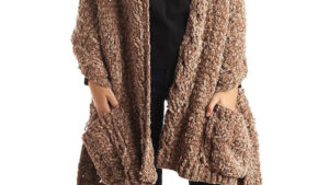 Crochet Velvet Cables Pocket Shawl