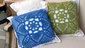 Crochet Pretty Pineapple Pillows