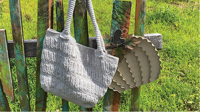 Crochet Shifting Chevrons Bag