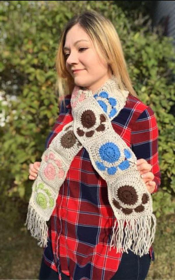 Paw Print Granny Square Crochet Pattern